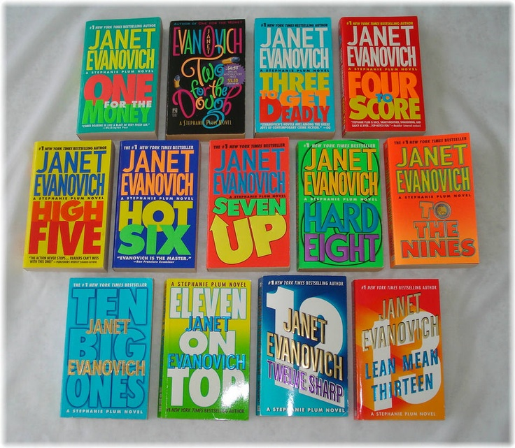 Janet EvanovichBook Reading Author, Janet Evanovich, Plum Series, Evanovich Book, Stephanie Plum, Book Worth Reading, Film Music Book, Favorite Book, Book Pinterest