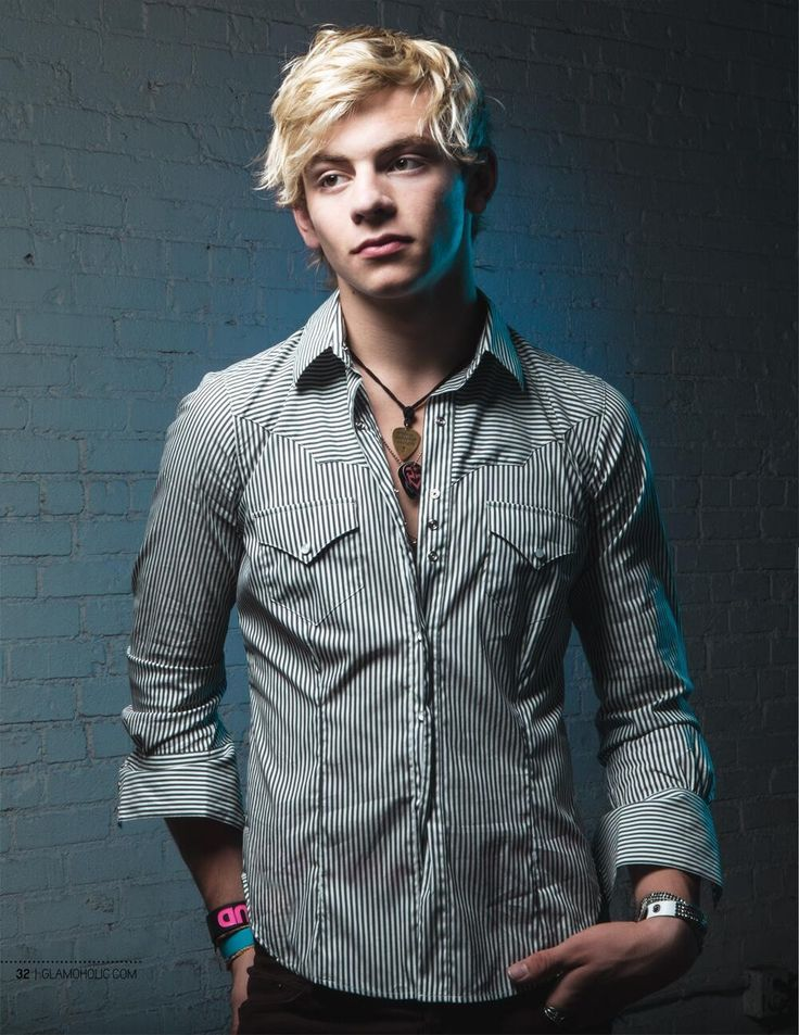 Ross lynch. I seriously think he's so hot. And he's only 17...fuck me I'm a pedo