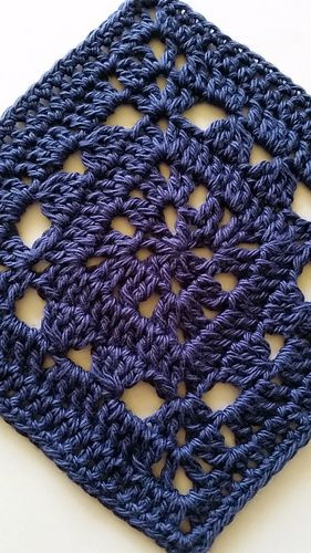 """All Together 6"""" Granny Square ~ free pattern"""