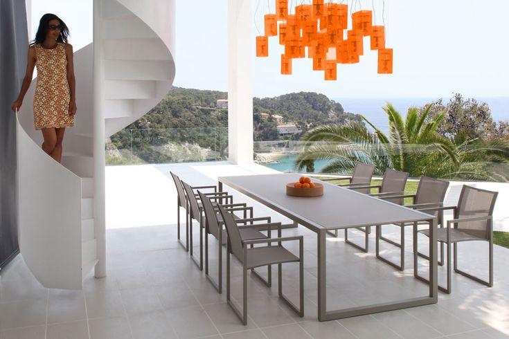 Table De Jardin Design Recherche Google En 2020 Table Et Chaises Ikea Mobilier Terrasse Terrasse Design