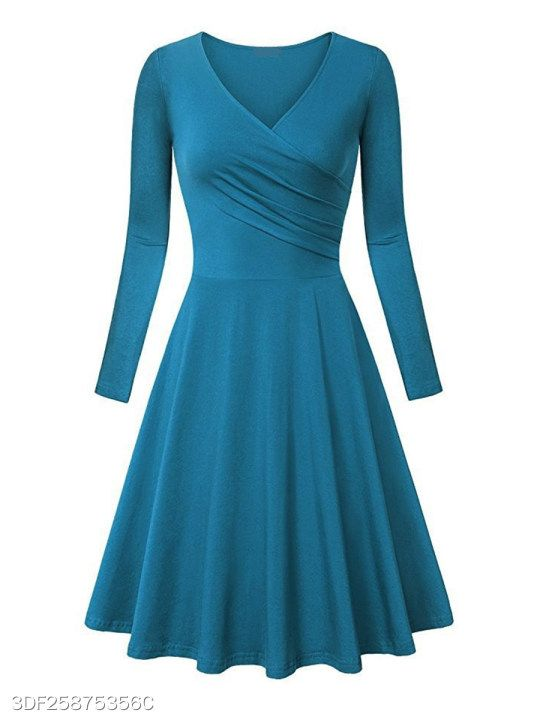 9da7747f28f4 V Neck Plain Skater Dress - berrylook.com