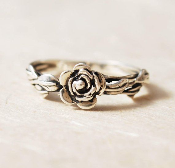 cool promise rings for her