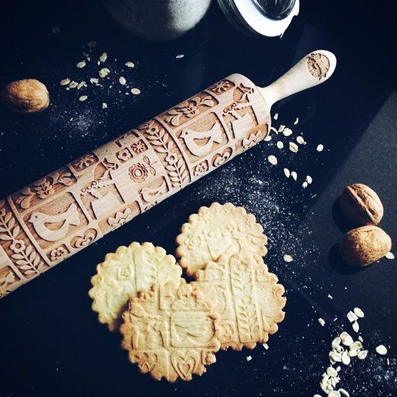 Engraved rolling pins give the unique character to your baked goods (eg. cookies, chocolate sugar coating or even salt mass. •You will surprise