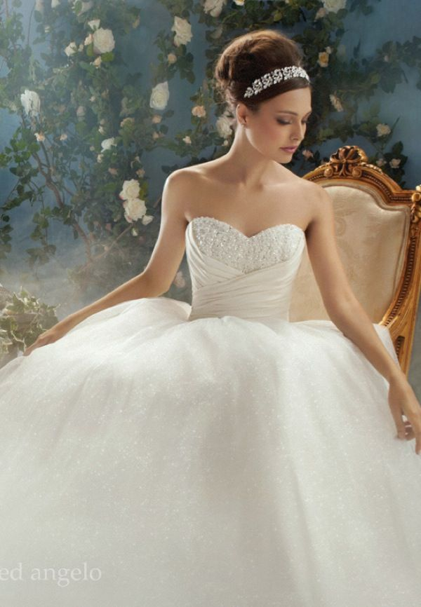 16 best Alfred Angelo Fairy Tale replicas images on Pinterest ...