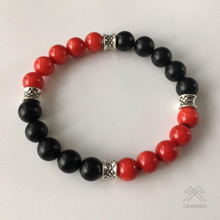 Mens bracelet - Red Coral bracelet - Black Onyx bracelet - Beaded bracelet by LevenimOfficial on Etsy https://www.etsy.com/uk/listing/580102146/mens-bracelet-red-coral-bracelet-black