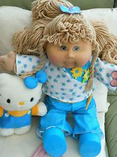 CABBAGE PATCH PLAY ALONG  BLONDHAIR DE BOXED NEW FROM 2004 ALL SOLD OUT