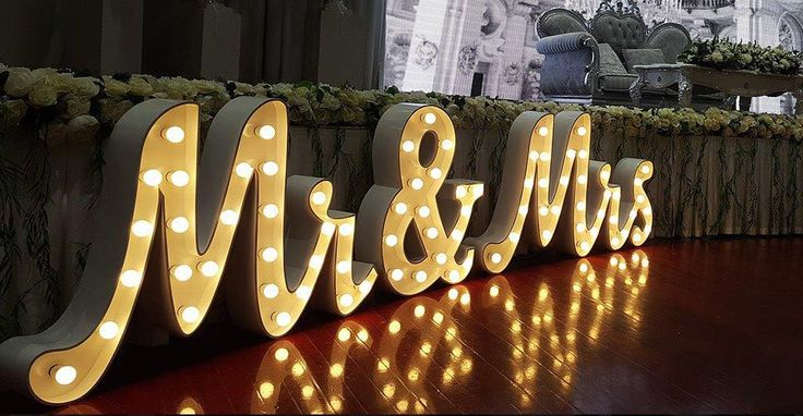 Cursive Mr & Mrs Light Up Letters for Hire at https://www.lightuplettersbali.com/