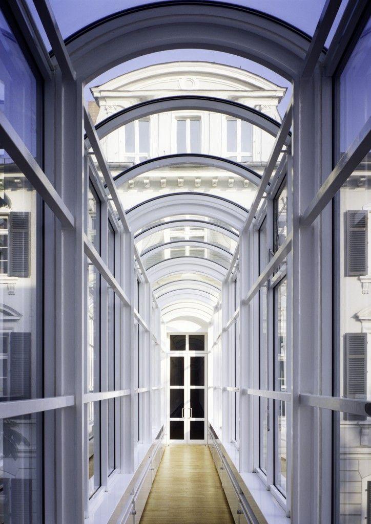 Richard Meier Frankfurt Museum pasarelle