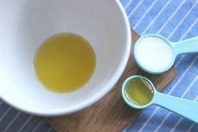 Secretele: Pune bicarbonat auriu sub ochi si rezultatul va fi unul uimitor!