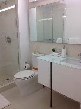 North Miami contemporary bathroom