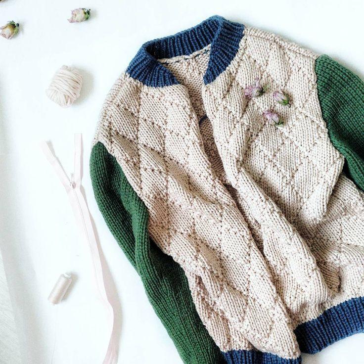 497 отметок «Нравится», 49 комментариев — БЕРЕТ КОКО (@anna.pukhova) в Instagram: «Эх! Заделье себе на ночь! Вшить молнию в #bomb_ap ! #knitting #knitwear #knittinglove #woking…»