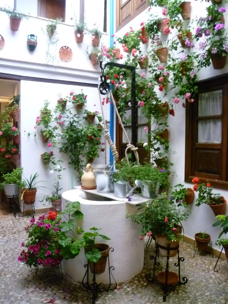 284 best patios de andalucia adornos images on pinterest - Patios de casas ...