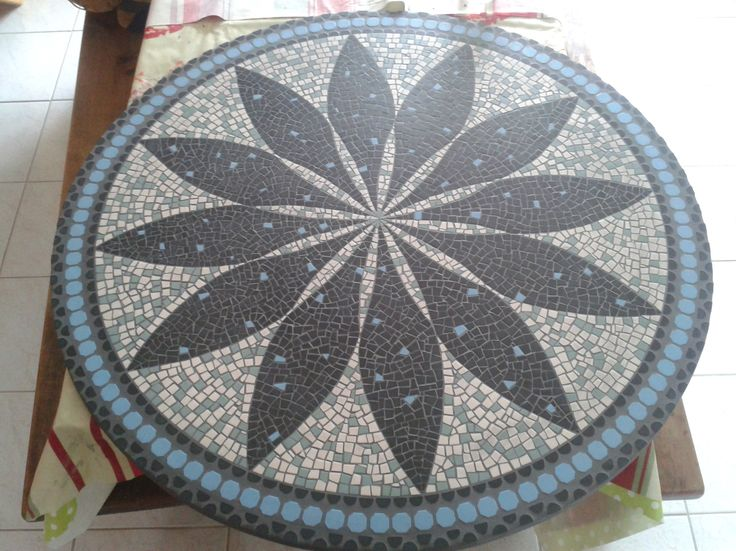 1000 id es sur le th me plateaux de table en mosa que sur pinterest mosa qu - Plateau de table en mosaique ...