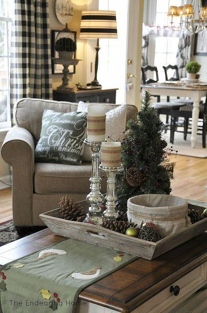 a cozy family room for christmas, christmas decorations, seasonal holiday d cor