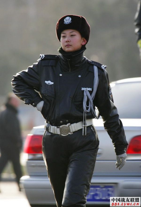 The Best Looking Policewomen From Around The World - Page
