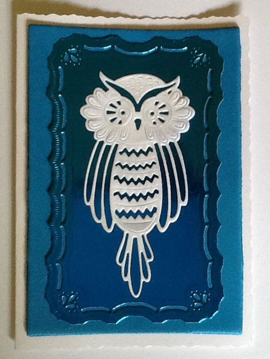 Owl topper using tattered lace die