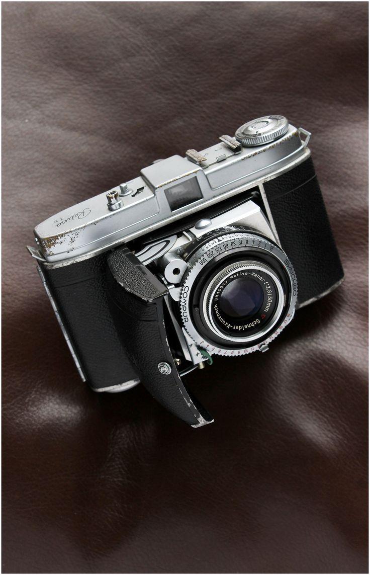 https://flic.kr/p/T7QFHa | Worn Kodak Retina Ib 35mm camera