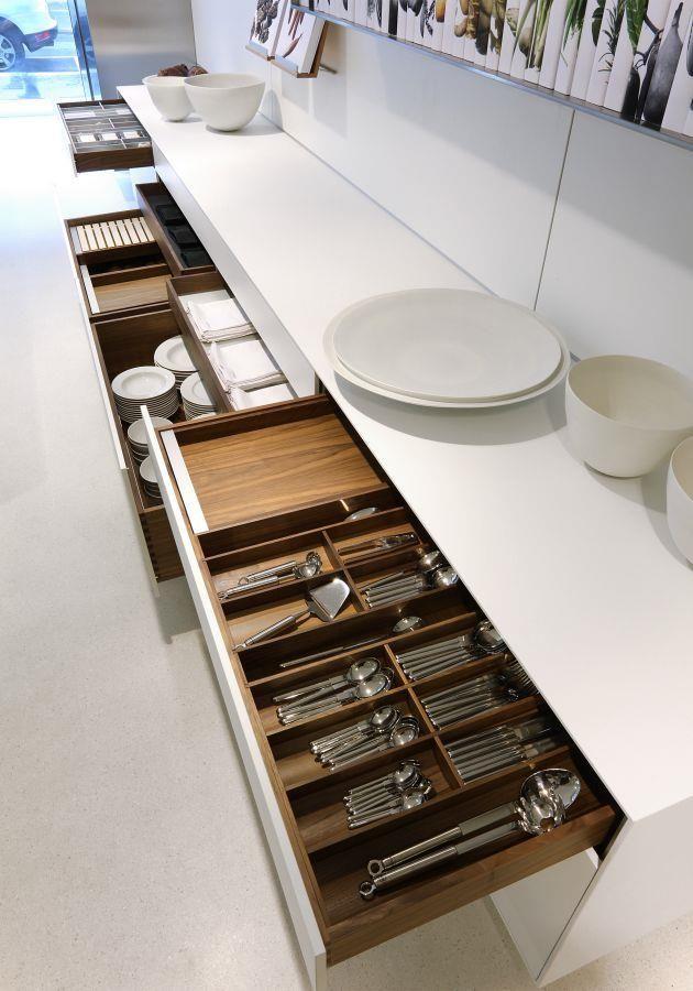 detalii sertare bucatarii moderne