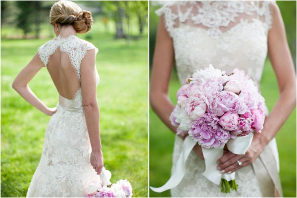 Vintage lace wedding dress. <3: Lace Wedding Gowns, Wedding Dressses, Lace Wedding Dresses, The Dresses, Vintage Lace Wedding, Pink Peonies, Peonies Bouquets, Open Back, Vintage Style