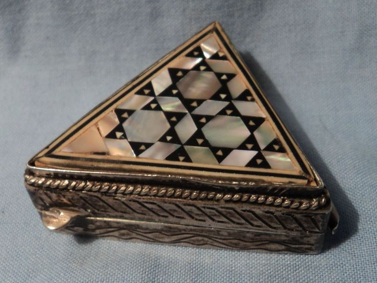 1000 Images About Antique And Trinket Boxes On Pinterest