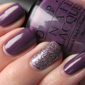 I like this version of the accent nail because it's not TOO obvious.