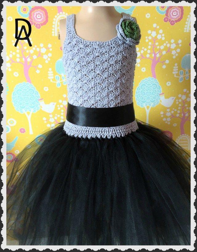 Tyllklänning svartgrå