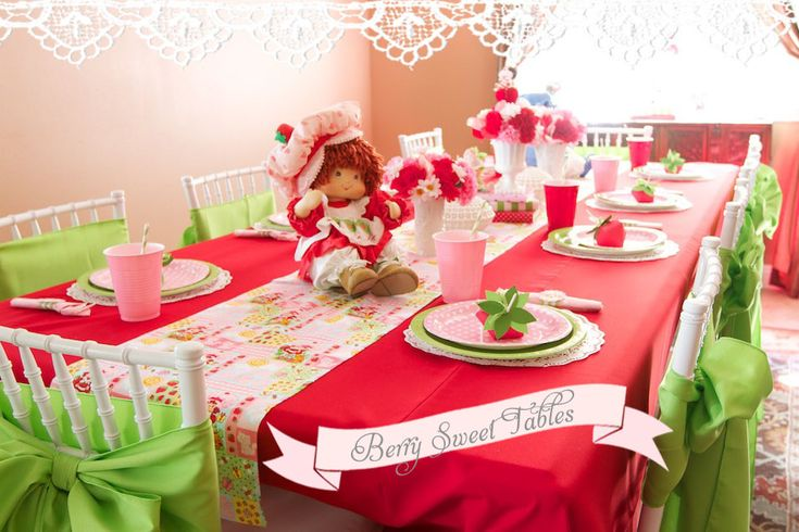 Vintage Strawberry Shortcake 1st Birthday Party | Minted and Vintage ~ Los Angeles, California