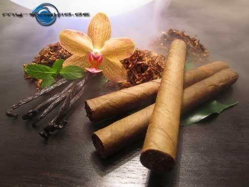 """Vanilla tobacco Tabak Menthol eLiquid → →  Herber Tabak Geschmack und der Flavour ganzer Vanilleschoten mit süßen Aromen werden im Vanilla Tobacco Tabak Menthol Liquid durch kühles Menthol abgerundet. ►►  Inhalt der e-Liquids mit Geschmacksrichtung - """"Tobacco Vanilla Menthol Tabak"""":    Propylenglycol (PG) E1520 (Ph. Eur.), rein pflanzliches Glycerin (VG) E422 (DAB), Aromen, auf Bestellung mit Nikotin. ◄◄  Sie können auch das Vanilla tobacco Tabak Menthol eLiquid bei uns ohne Nikotin…"""