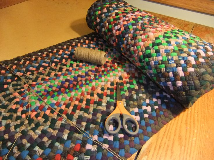 hallrunner Renditions in Rags hand braided by Val Galvin