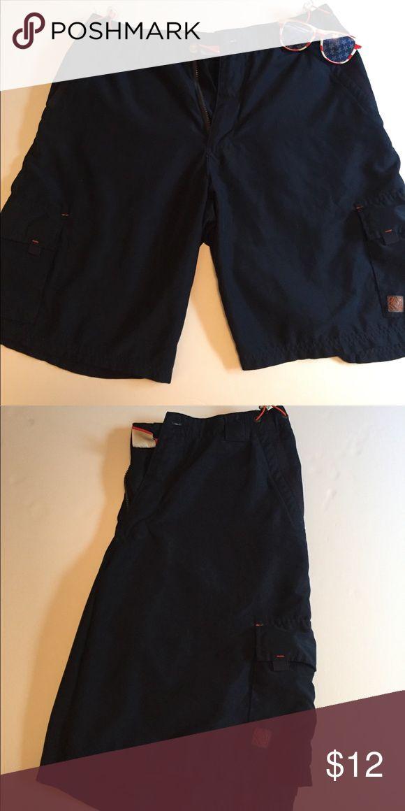 Men's Bathing suit Navy blue men's bathing suit with pockets. Size large Swim