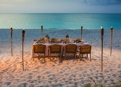 Bay Bistro is one of the closest Turks and Caicos Restaurants in the area to the beach. featuring fresh seafood, chicken and steak.