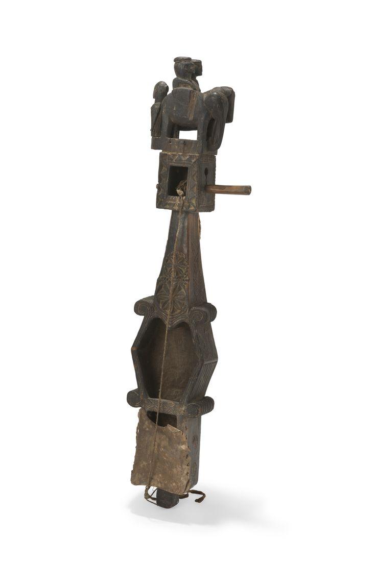 Vièle monocorde dodro banam, Santal. Inde centrale. 73 cm. Sold on www.apollium.fr
