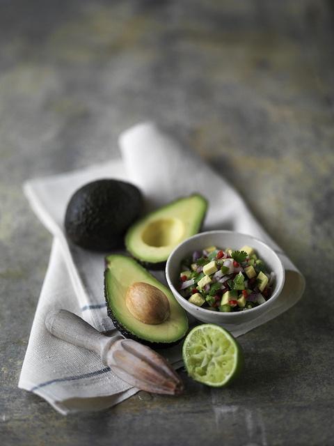 Avocado: L'elemento più rilevante per la salute di chi include l'avocado nella…