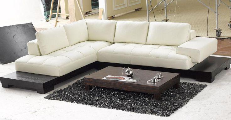 Sofá rinconero moderno :: El sofá es una de las piezas claves de la decoración, y él es quien puede ayudarte o perjudicarte en la creación del espacio moderno que buscas, por lo que es muy importante que aciertes con su elección. Veamos las claves a tener en cuenta.