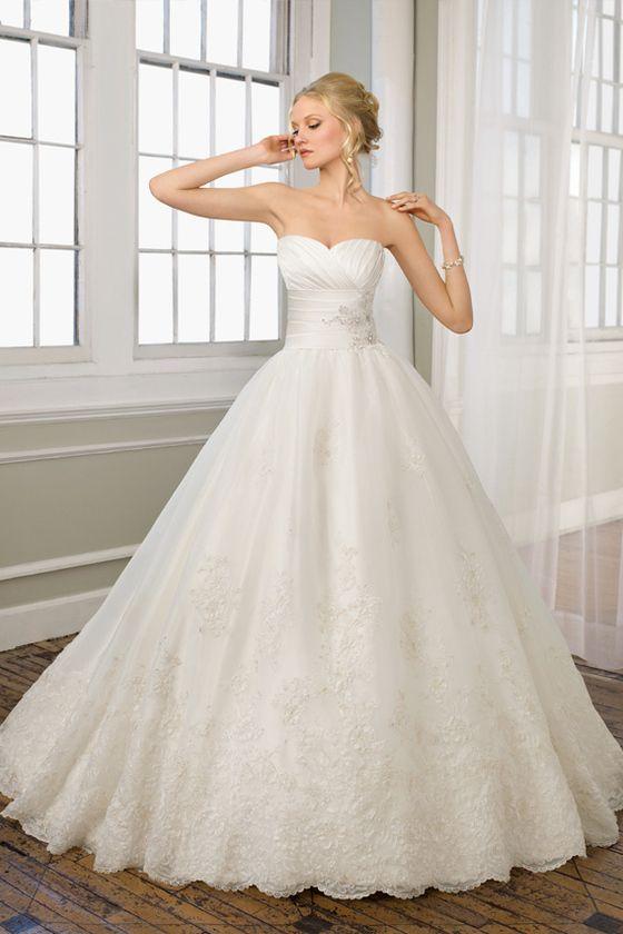 wedding dresses/Spitze Prinzessin baskische Taille Tüll Herz-Ausschnitt romantisches volle länge Brautkleid