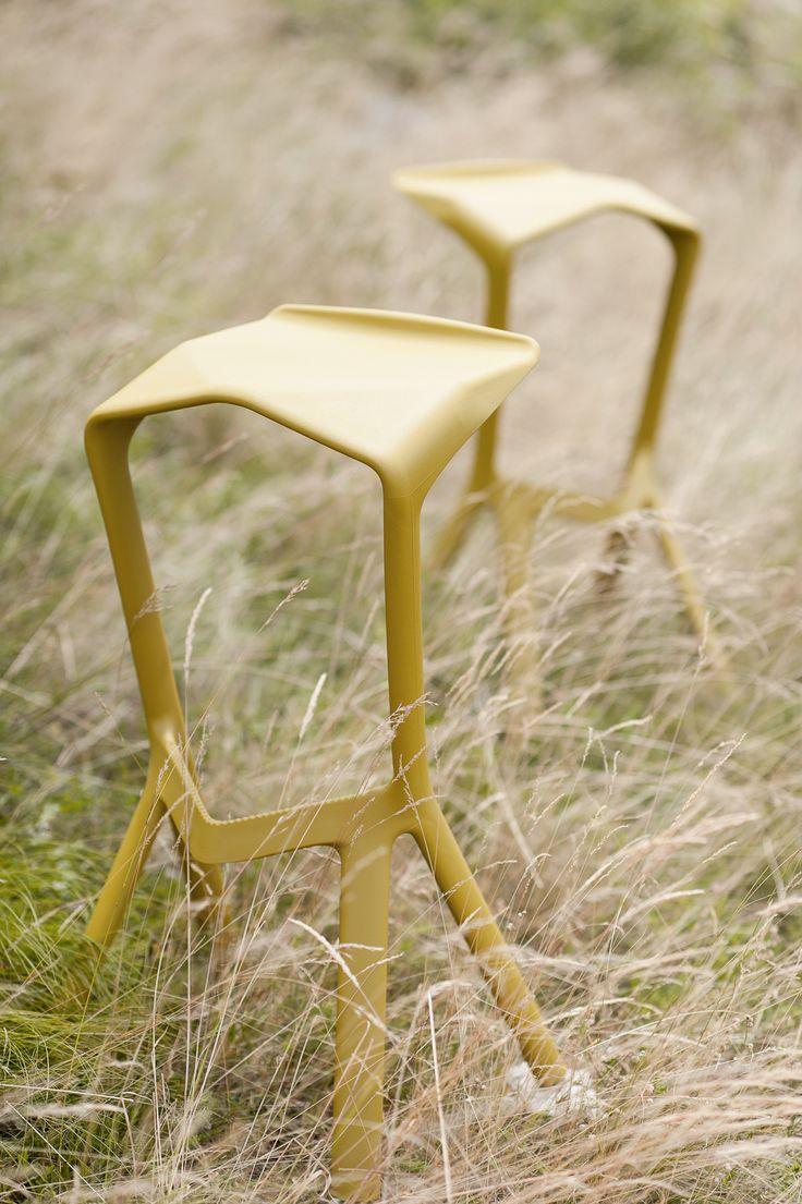 1000 images about konstantin grcic i miura hocker i plank on pinterest stools planks and tables. Black Bedroom Furniture Sets. Home Design Ideas