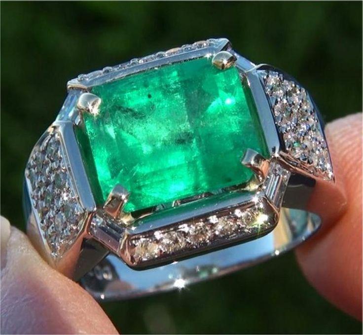 5.01 ct Natural Muzo Colombian #Emerald Diamond 14k Gold Vintage Ring www.wonderfinds.com/item/3_221221382907/c164343/Emerald-Diamond-Ring