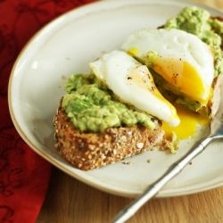 A delicious, easy, and healthy egg sandwich that is perfect for breakfast, lunch, or dinner.