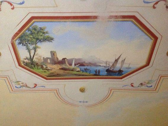Italian frescoes in the Tuscan villa. www.lucaevillas.it