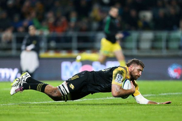 Callum Gibbins Photos Photos - Callum Gibbins of the Hurricanes scores a try during the round nine Super Rugby match between the Hurricanes and the Brumbies at McLean Park on April 21, 2017 in Napier, New Zealand. - Super Rugby Rd 9 - Hurricanes v Brumbies