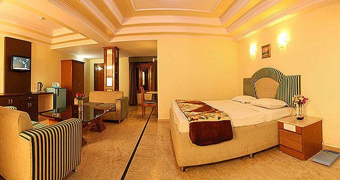 hotel drive inn dhanaulti book the 3 star hotel and enjoy the beauty of tihari, get call back to us on +91 - 9999600365 & +91 - 8130560060.  www.driveinn.resortsneardelhi.net/