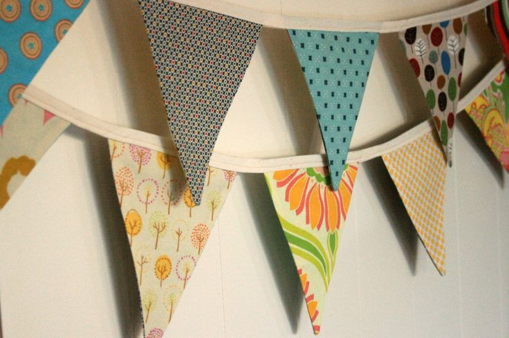 Melliemakes double-sided bunting. A perfect gift for the nursery of a baby on the way. Especially when you don't know whether it's a boy or a girl.