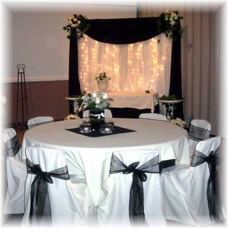 black and white cake backdrop & 73 best Black u0026 White Tablescapes images on Pinterest | Birthdays ...