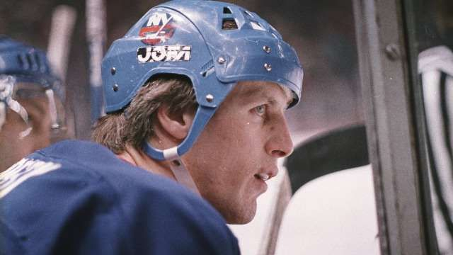 15 Best Rookie Seasons in NHL History:     8. Mike Bossy, New York Islanders (91 points):  Bossy was a key piece of the 1980s New York Islanders' dynasty that won four Stanley Cups. He scored 53 goals in his rookie 1977‐78 season and is one of only five players to ever score 50 goals in 50 games. Bossy spent his entire career with the Islanders.