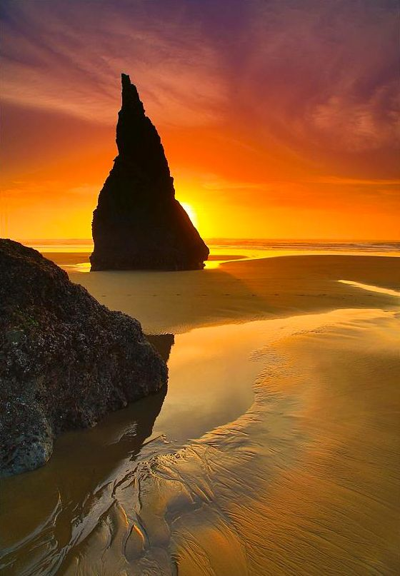 "coiour-my-world: ""Sunset Magicians Hat, Face Rock Beach, Bandon, OR ~ randalljhodges """