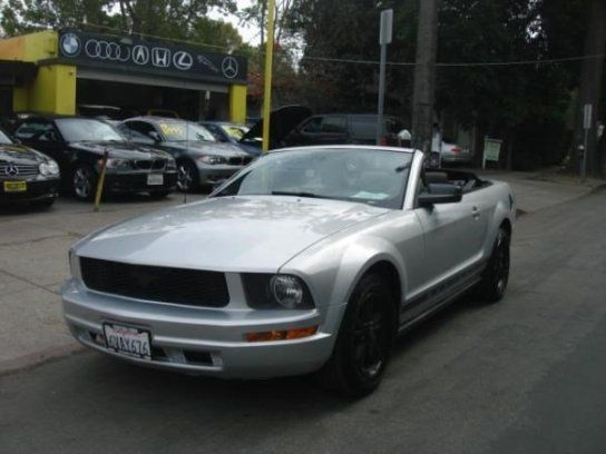 Convertible, 2008 Ford Mustang Convertible with 2 Door in Sherman Oaks, CA (91423)