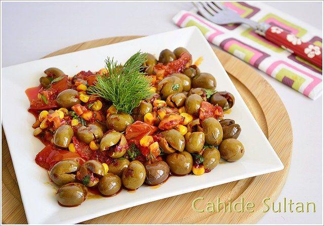 Misirli Yesil Zeytin Salatasi