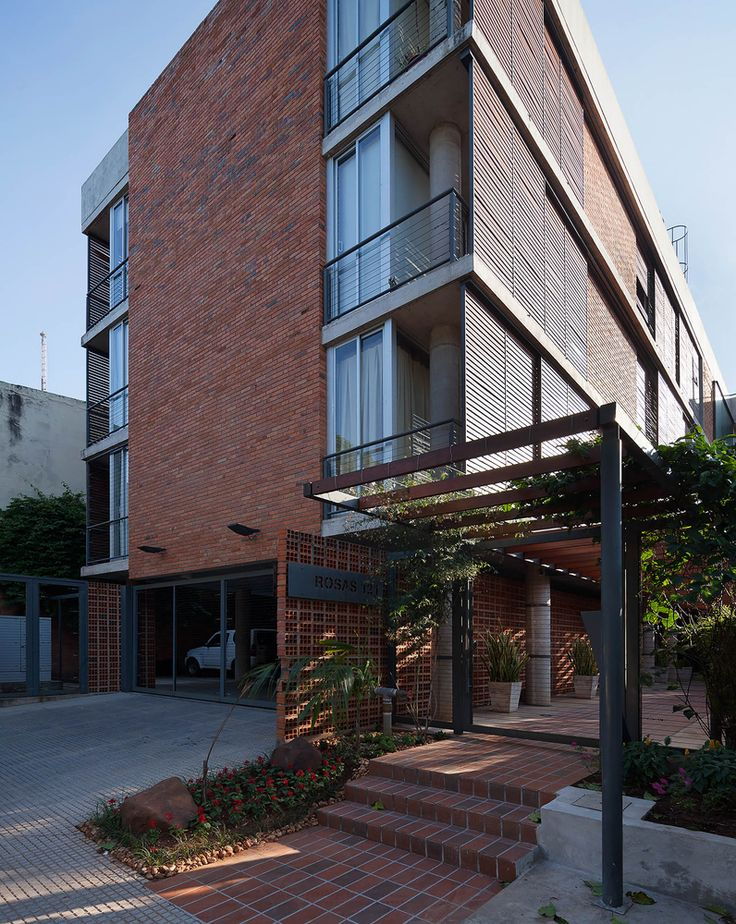 Edificio Rosas 121 / - = + x - - / Assunção, Paraguai