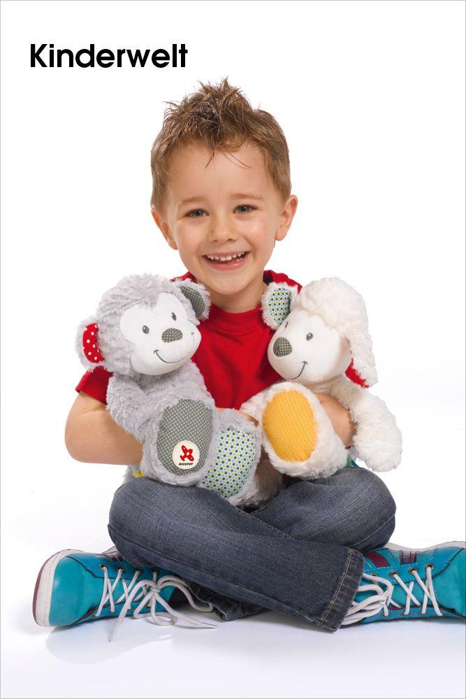 SIMBA DICKIE GROUP •   Zauberhafter Plüsch von Nicotoy.  Neue Lieblinge zum Kuscheln.  Hohe Qualität mit liebevollen Designs zu kombinieren – das steht bei der Marke Nicotoy im Mittelpunkt. Das Sortiment lässt sich in die Bereiche Babyplüsch, Teddybären und... Lieblinge verzaubern Kinder wie Erwachsene.  Bild anzeigen: http://www.imagesportal.com/childrenworld.php?search=SIMBA+DICKIE+GROUP&dosearch=&a=