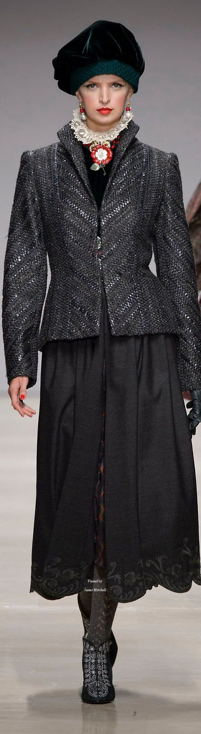 53 Best Raffaella Curiel Couture Images On Pinterest Fashion Women Dream Dress And Fall